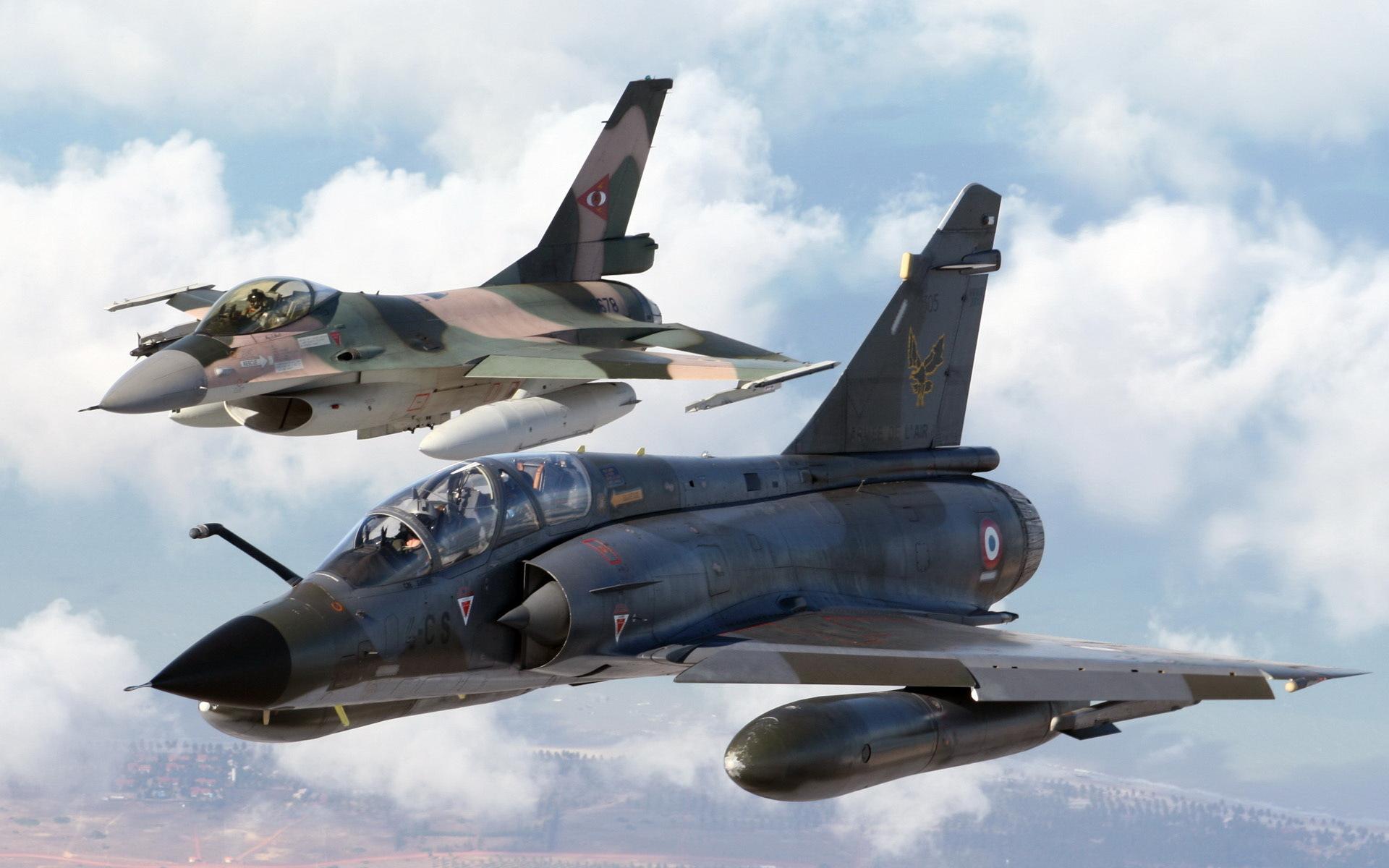 Днем, картинки самолетами военными