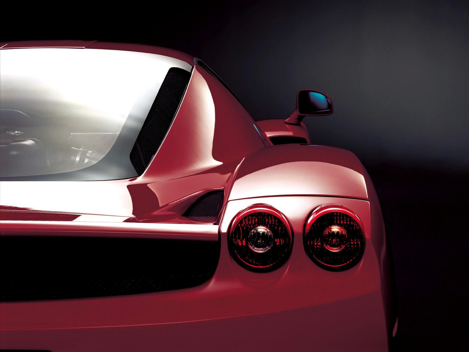 красный автомобиль Ferrari F50 Enzo бесплатно