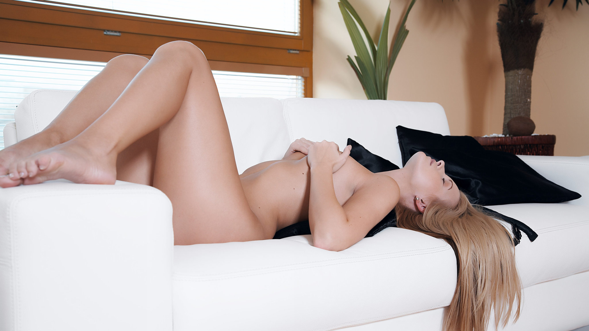 Mona choi and naked asian women