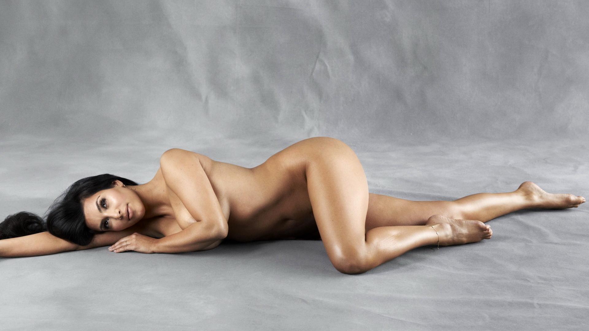 эротическая фотогалерея ким кардашьян