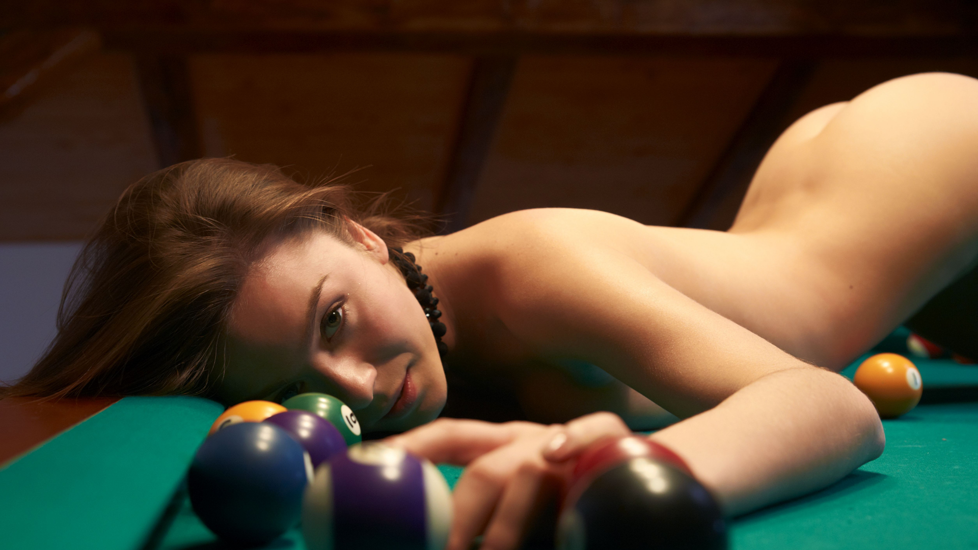 See and save as nude girl plays billiard porn pict